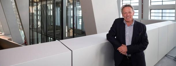 Erleichtert: Thomas Rinderspacher in der Großmarkthalle, die Freude über den neuen Sitz der EZB steht ihm ins Gesicht geschrieben.