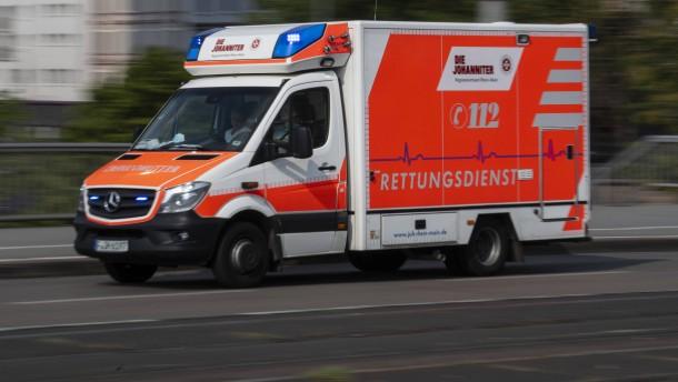 Motorradfahrer bei Frontalzusammenstoß schwer verletzt