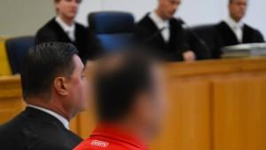 Haft und Freispruch in Prozess gefordert