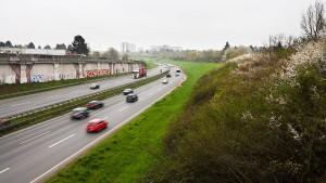 Zeitdruck für Einhausung der A661 wächst