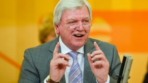 """Bouffier nennt Vorwürfe """"niederträchtig und falsch"""""""