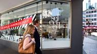 Rückzug: Design-Händler Selected gibt nahe der Frankfurter Kleinmarkthalle auf