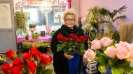 Blumenkind: Jung-Unternehmerin Anja Becker in ihrem neuen Blumengeschäft in Neu-Isenburg