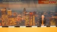 Die schrumpfende Kraft: Der Vorsitzende der Frankfurter CDU, Bürgermeister Uwe Becker, wird die Entwicklung der Mitgliederzahlen mit Sorge sehen.