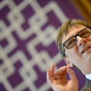 Überzeugend: EKHN-Präsident Volker Jung findet mit seinem Kompromissvorschlag große Zustimmung.
