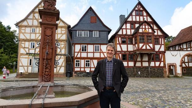 Heimtücke, Heimspiel, Heimatmuseum