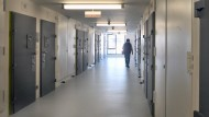 Personalmangel gefährde Sicherheit in Gefängnissen