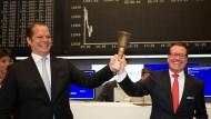 Beste Laune beim Börsengang 2018: Die beiden Serviceware-Gründer Harald Popp (links) und Dirk Martin.