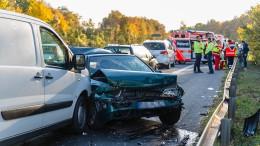 Längere Staus nahe Mainz nach Autounfall mit Fahrerflucht