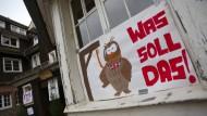 Die Odenwaldschule vor dem Aus: Schüler haben mit Plakaten dagegen demonstriert.