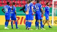 Ratlos: Lilien-Kicker nach der Niederlage in Regensburg