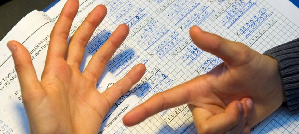 Fingerzählen Bei-der-verstaendigung-mit-den