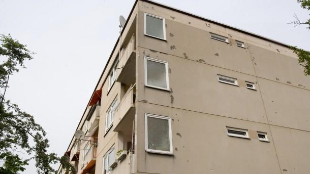 Deutsche Annington - Das Wohnungsunternehmen soll angeblich seine Siedlungen in Frankfurt verkommen lassen und überhöhte Mieten fordern