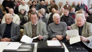 Weitere Ymos-Pensionäre wollen Betriebsrente einklagen