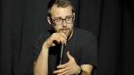 Wortakrobat: Der Marburger Poetry Slammer Lars Ruppel kann von seiner Dichtkunst leben.