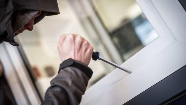 Polizei schnappt elfjährige Jungs nach Einbruch