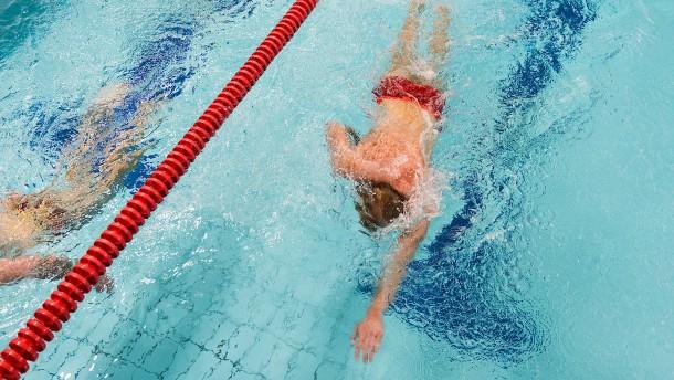 Startblock frei für die Vereinsschwimmer