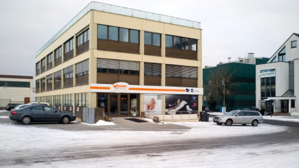 Möbelhaus Wesner - das Möbelhaus aus Kriftel hat neu eröffnet.