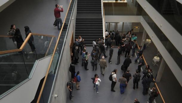 Uni zieht Attest-Formular nach Protesten zurück