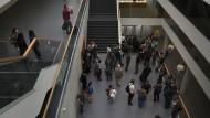 Streitfall: Im Zwist um ein allgemeines Attest-Formular strebt die TUD - hier ein Blick ins neue Hörsaal- und Medienzentrum - eine Lösung bis Juli an