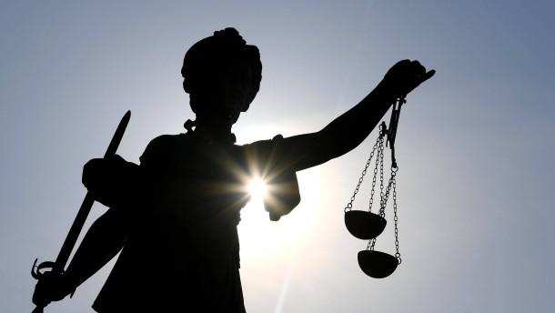 Bewährungsstrafe für Mitarbeiter