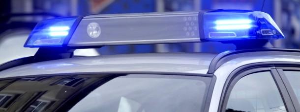 Jede Hilfe misslang: Zeugen und Polizei konnten einen Mann in Osthessen nicht mehr retten (Symbolbild).