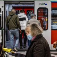 Rat: Nicht nur auf der Zeil sollten Passanten in Frankfurt derzeit auch in der Öffentlichkeit die Alltagsmaske tragen