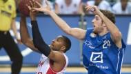 Basketball auf höchster Ebene spielt Tim Ohlbrecht, der einen Vertrag beim NBA-Klub Houston Rockets unterschrieben hat.