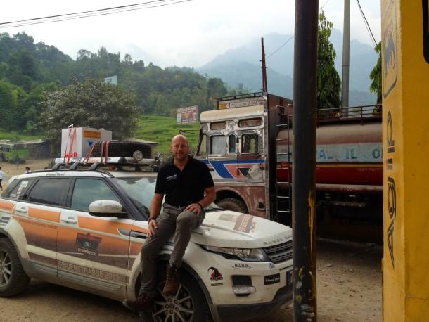 Eben kurz nach Nepal: Holger Zulauf liefert schnell und weltweit.