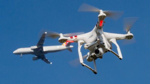 Drohnen-Annäherungen an Flieger deutlich gestiegen