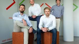 Hunderte auf Safari durch den Start-up-Dschungel
