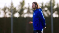 """""""Wir haben ihm gesagt, dass er sich einen neuen Verein suchen kann und werden ihn dabei unterstützen"""": Torsten Frings zur Zukunft des Spielers Obinna"""