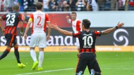 Mikro-Panne vereitelt Elfmeter für Eintracht