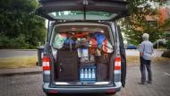 Rien ne va plus: Wenn es in die Ferien geht, wird jede Lücke im Kofferraum genutzt.