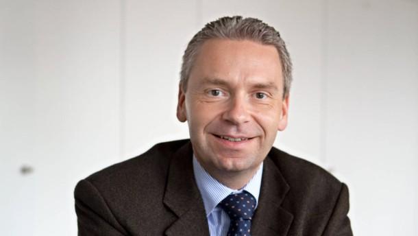 <b>Michael Cyriax</b> - Der neue Landrat des Main-Taunus Kreis von der CDU im ... - ratgeber-landrat-michael