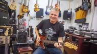 Tonangebend: Thomas Reußenzehn weiß, was Gitarristen wollen - weil er selbst in einer Band spielt.