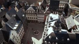 Mit der Drohne über Frankfurtsneue Altstadt