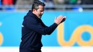 Noch kein Retter: Dirk Schuster, Rückkehrer auf den Trainerstuhl der Lilien