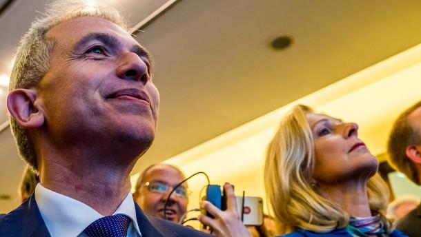 Stichwahl zwischen SPD-Rathauschef und CDU-Kandidatin