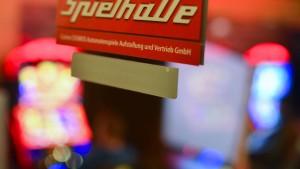 Schließung konkurrierender Spielhallen stockt