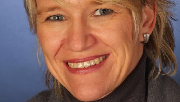 Antje Gahl - Deutsche Gesellschaft für Ernährung