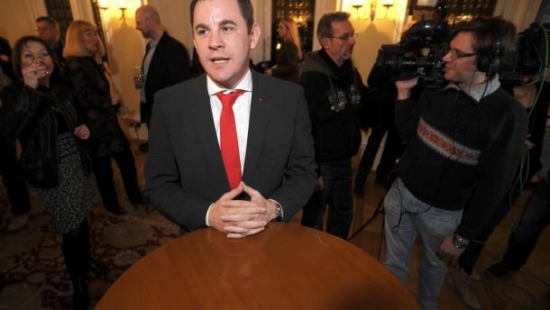 Oberbürgermeisterwahl in Wiesbaden - Am Abend werden die Ergebnisse der Wahl zum Oberbürgermeister bekannt gegeben.