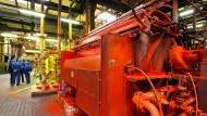 Rotfabriker: Auch von der Wirtschaftstätigkeit des Pigmentherstellers Clariant in Höchst profitiert der Stadtsäckel.
