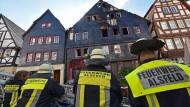 Ein Toter bei Brand in Fachwerkhaus