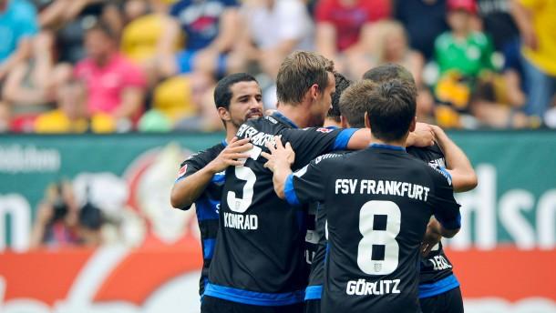 Kapllani schießt Dynamo Dresden ab