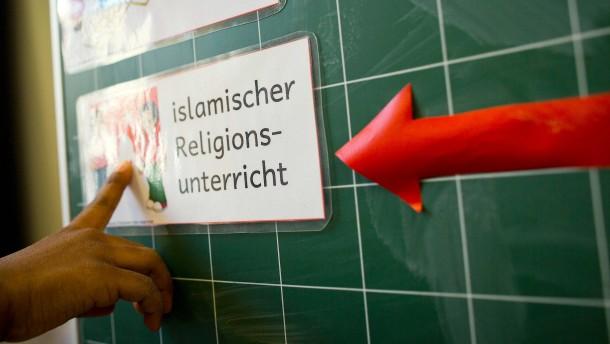 Hessen darf Islam-Unterricht selbst erteilen
