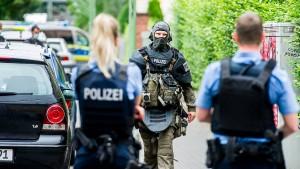 Mann bei Polizeieinsatz von Kugel tödlich getroffen