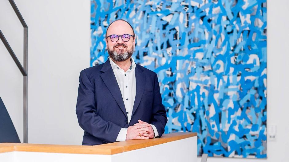 """Wir widmen uns aktiv dem Thema Frauenstärkung"": Personalberater Ralf Hager aus Frankfurt"