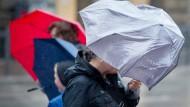 Starkregen und Gewitter in Hessen