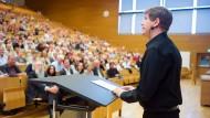 Dozent der Poetik: Schriftsteller Daniel Kehlmann in der Frankfurter Universität